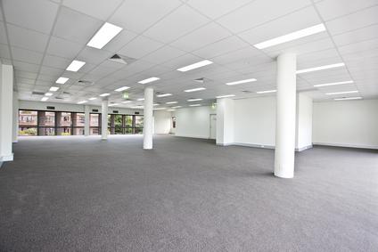 Sú open space kancelárie prežitkom?
