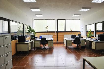Kancelárie budú viac zelené, flexibilné a ponúknu viac miesta na stole