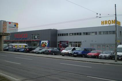 Podunajské Biskupice a obchodné centrá
