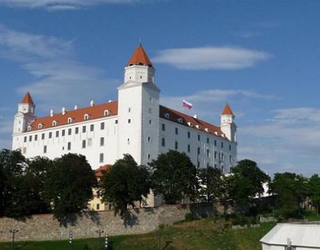 Zdroj: http://www.bratislava-travel.sk/