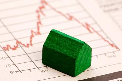 Dobrá správa: ceny nehnuteľností klesli